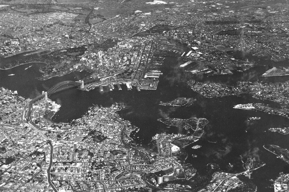 Arial view of Sydney Harbour. 1932-1937