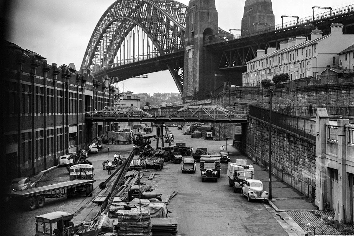 Looking NE along Hickson Road towards the Harbour Bridge